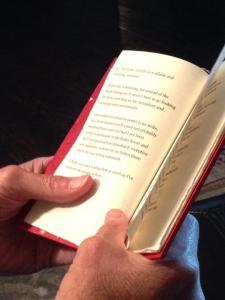 book_nans_hands