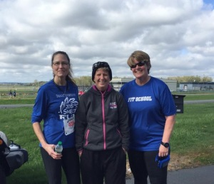 Karen, Moi, April at today's Tulip Run. Photo by April Eaton